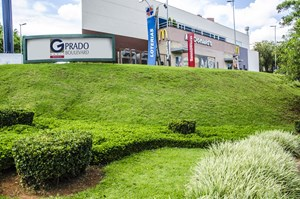 Fachada do Prado Boulevard Shopping